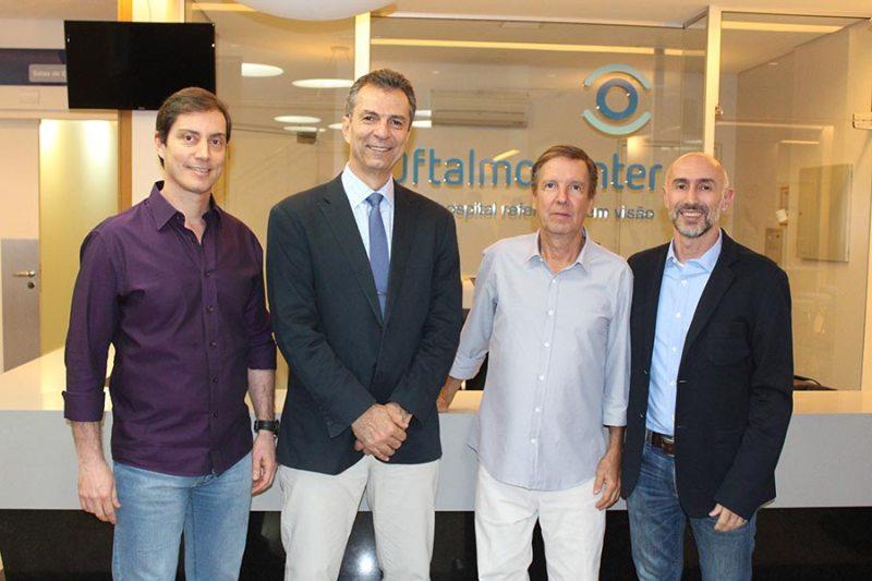 Palestra realizada pelo Oftalmo Center reúne médicos para troca de experiências