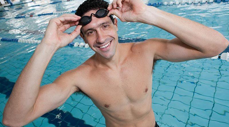 Nadador e medalhista olímpico Gustavo Borges estará em Ribeirão Preto