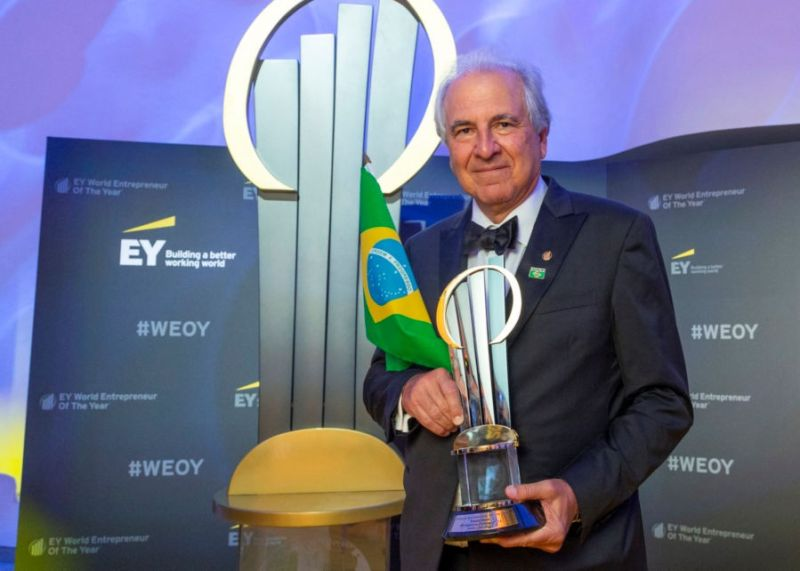 Presidente do Conselho de Administração da MRV Engenharia é eleito empreendedor do ano