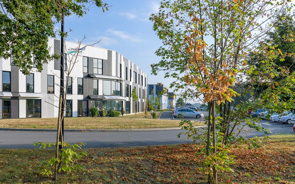 photographe d'architecture ©INTERVALphoto : Performance Promotion, Le Bois Cesbron, Parc tertiaire, Orvault, 44.