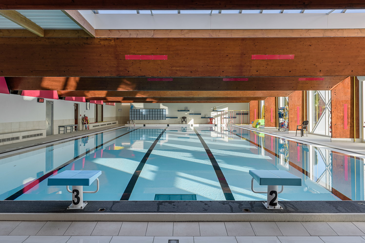 photographe d'architecture ©INTERVALphoto : LAB architectes , piscine de Tréguier (22)