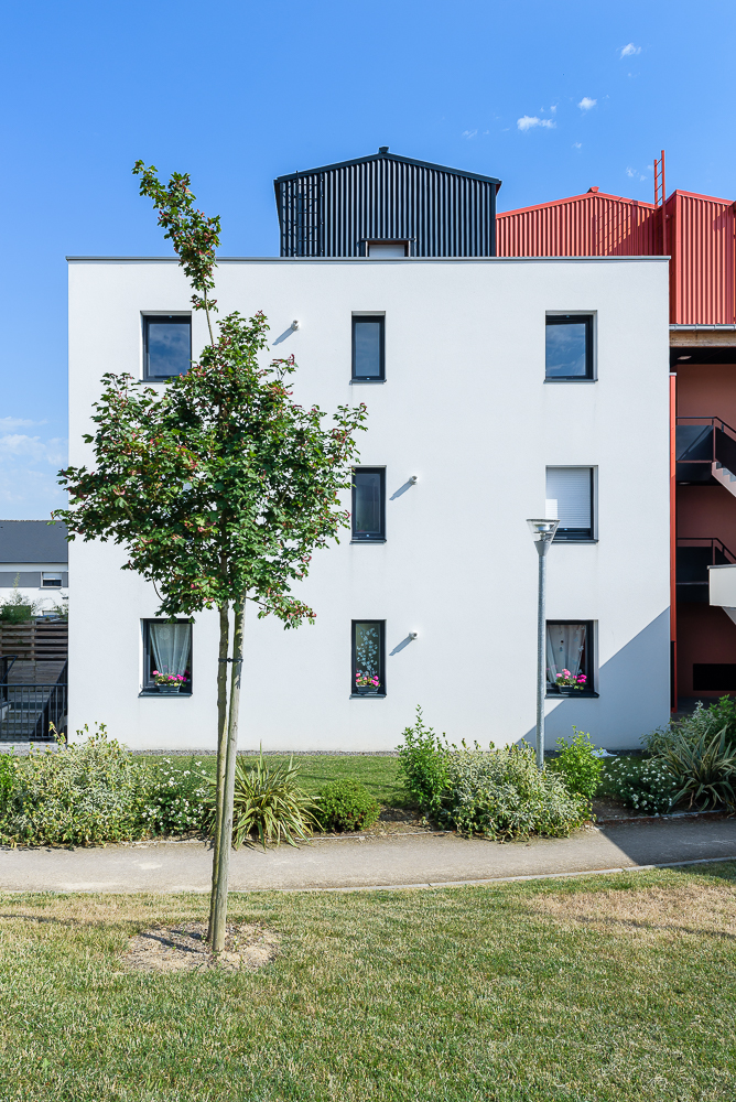 photographe d'architecture ©INTERVALphoto : Paul Bouet Architecte, école St joseph, Logements collectifs, Thorigné-Fouillard, 35.
