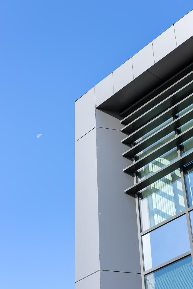 photographe d'architecture ©INTERVALphoto : Megnan JP Architecte, Concept-Ty promotion, SOPREMA : SOPRASOLAR® Fix Evo, Infinity, St Malo (35)