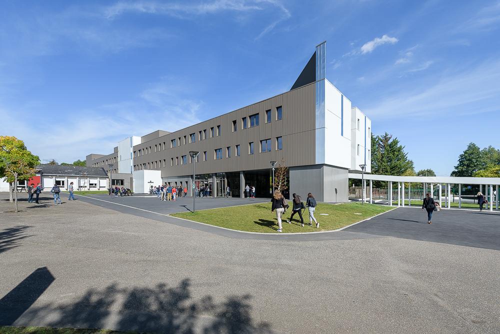photographe d'architecture ©INTERVALphoto : Lycée Ozanam, formations, Cesson-Sévigné (35)