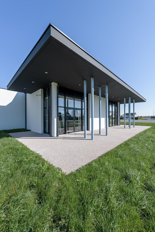photographe d'architecture ©INTERVALphoto : Alt 127 architectes, salle communale, Hirel(35)