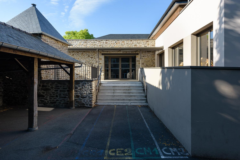 photographe d'architecture ©INTERVALphoto : Couasnon Launay architectes, restaurant scolaire, Pleuhien sur Rance (35)
