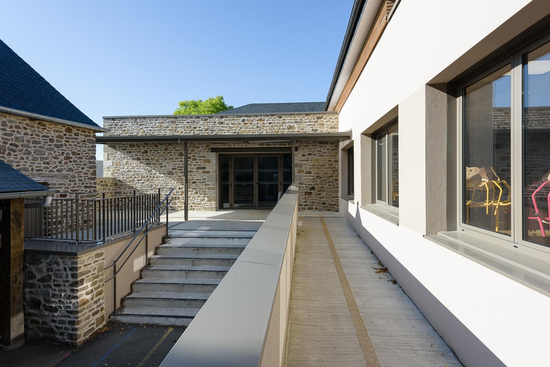 Couasnon Launay architectes, restaurant scolaire, Pleuhien sur Rance (35)