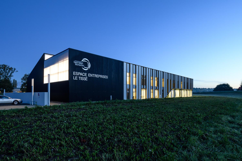 photographe d'architecture ©INTERVALphoto : Alt 127 architectes, Espace entreprises, Le Tissé, Montauban de Bretagne (35)