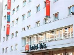 Hotel Ibis centro milan fachada
