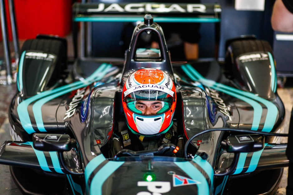 Jaguar_Nelson Piquet Jr..jpg