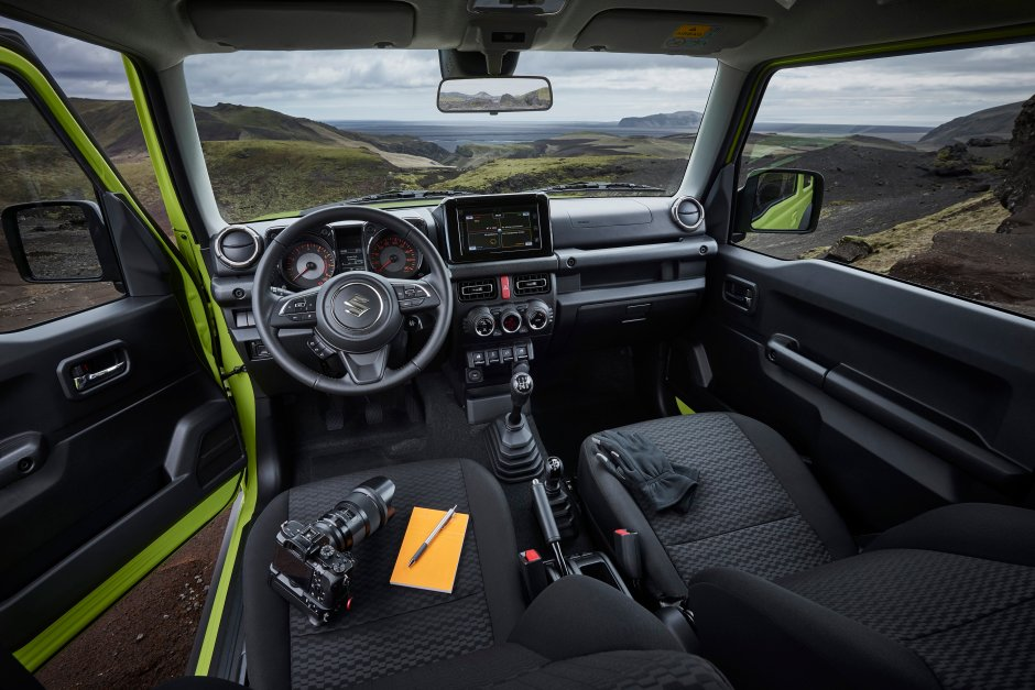 Suzuki-All-New-Jimny-38