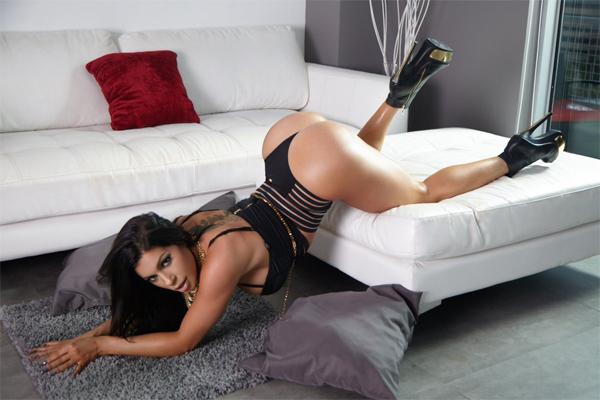Nikki Capone