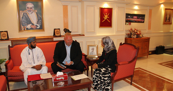 FLTR: Mr. Khalid Al Toubi, Mr. Henning Schwarze (both INTEWO) and H.E. Madiha Ahmed Al-Shaibani (Minister of Education) during a meeting at the Minister's office