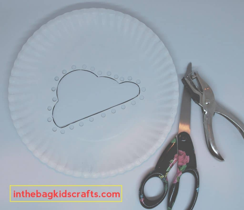 Easy Kids' Craft DIY Cloud Weaving with Washi Tape Rainbow step 2