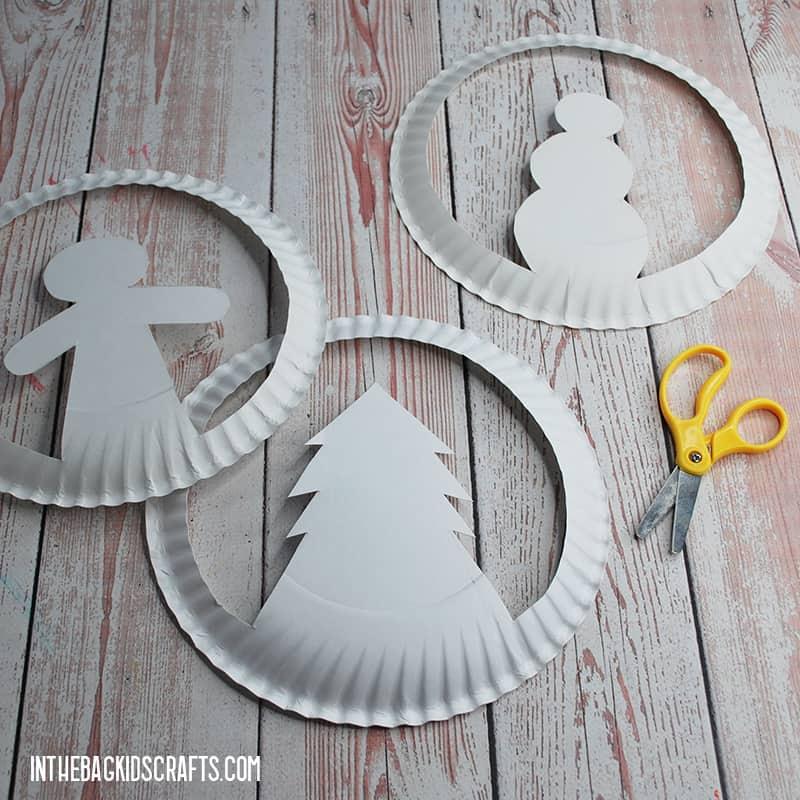 HOW TO MAKE CHRISTMAS HATS STEP 1