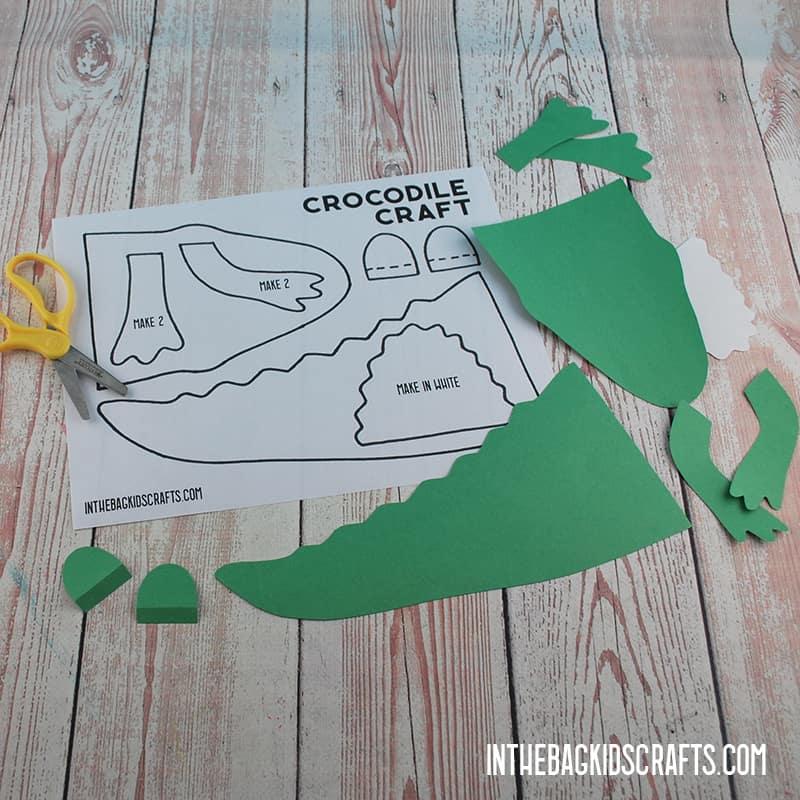 CROCODILE CRAFT STEP 2