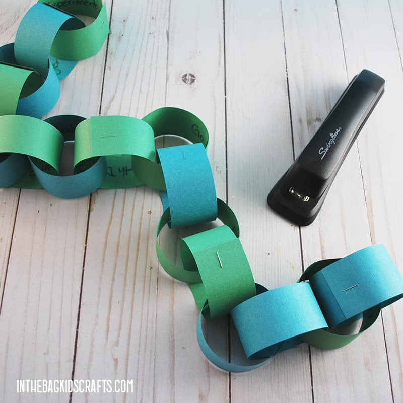 EARTH DAY ACTIVITIES PAPER CHAIN STEP 3