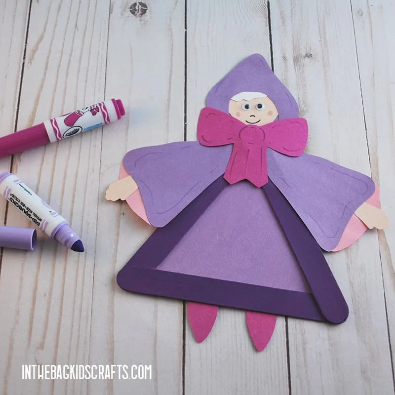 This Cinderella Fairy Godmother Craft is part of a larger fairy tale craft collection. Each one comes with a free printable template. Make them all and tell stories or put on a puppet show.