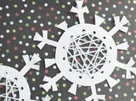PAPER SNOWFLAKE CRAFTS WITH LACING