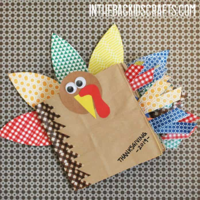 Thanksgiving mini scrapbook kids' craft
