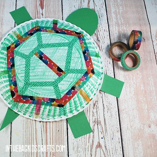 PAPER PLATE TURTLE CRAFT STEP 4