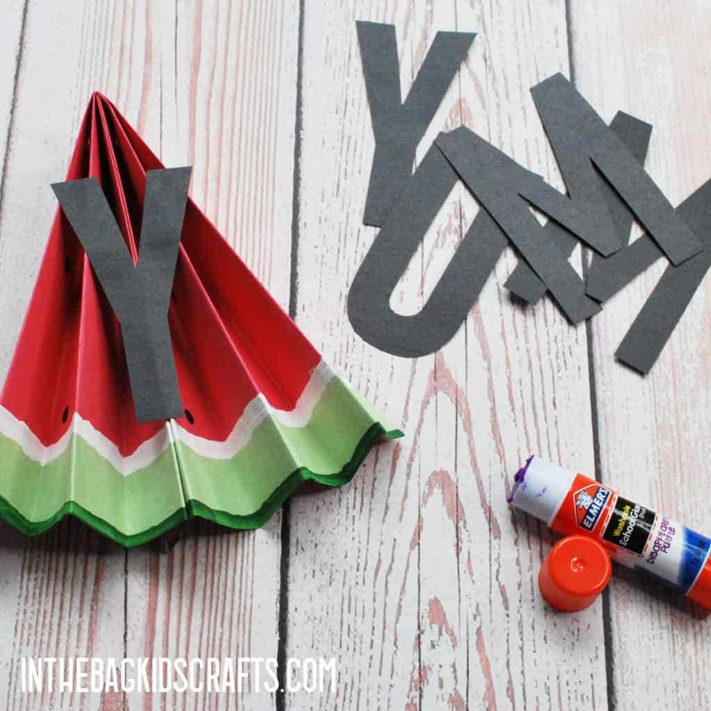 EASY WATERMELON PAPER CRAFTS BANNER GLUE ON THE LETTERS