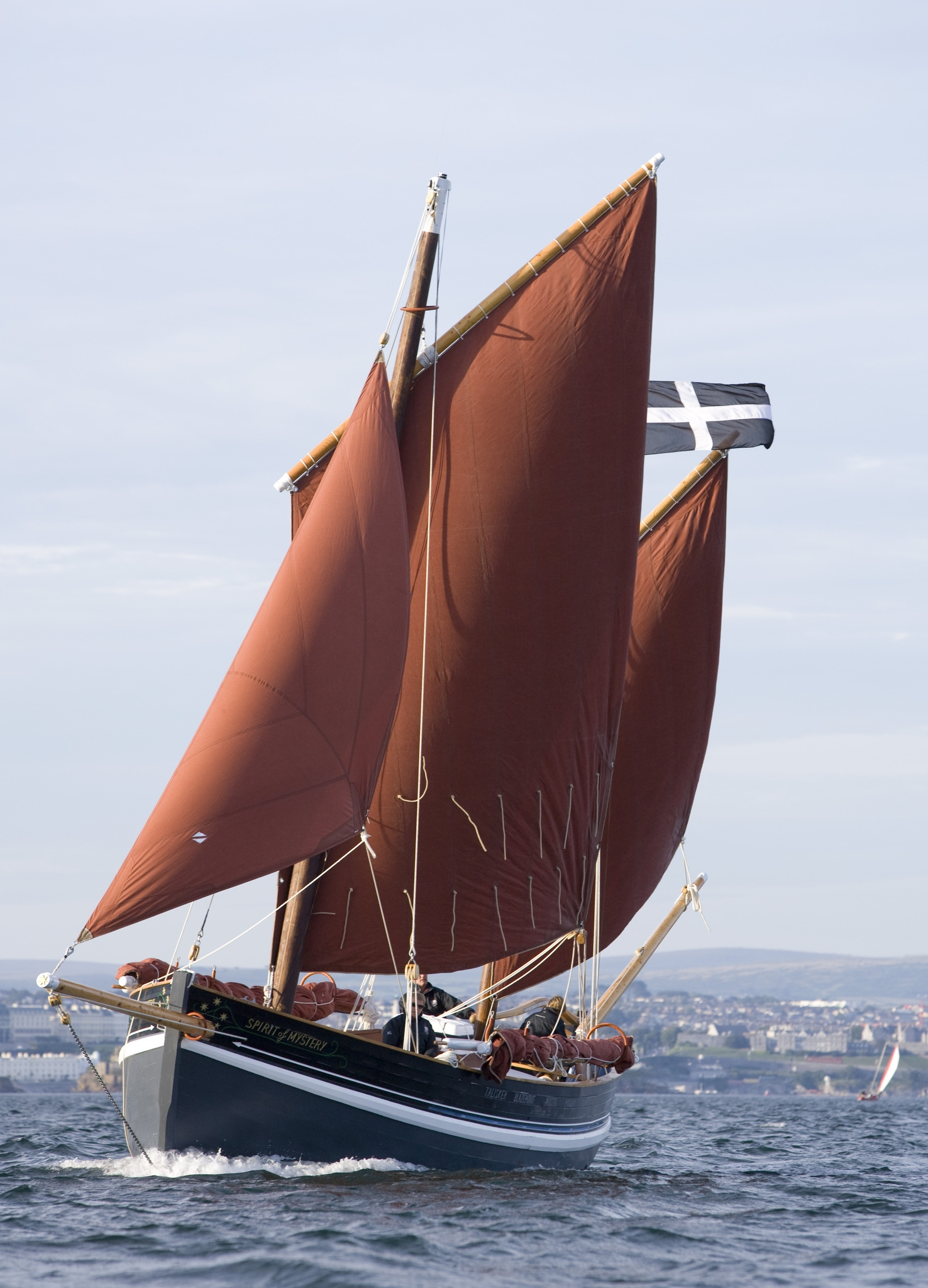 Pete Goss launches his new lugger – intheboatshed.net