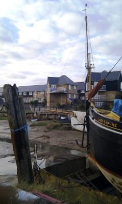 Lady Daphne, Save Standard Quay banner
