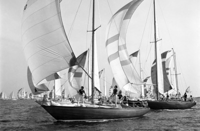 Round the Island Race 1971 photo by Beken of Cowes
