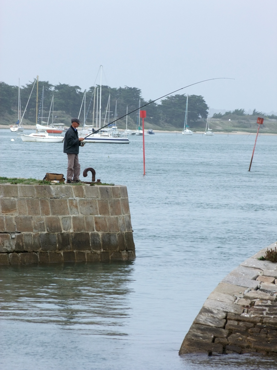 Harbour stroll at Le Croisic, Brittany: boats, fishing blokes and a