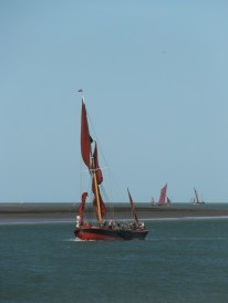 Swale match 2013 18 sailing barge Repertor