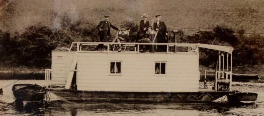 watty... houseboat