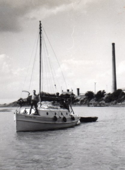 1965 The Welcome II coming into Conyer 3