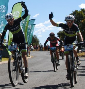 Cannondale-Blend's Waylon Woolcock (centre) and Darren Lill (right) on day three of the nine-day Old Mutual joBerg2c at Sterkfontein Dam in the Free State on Sunday. Photo: Alistair Schorn