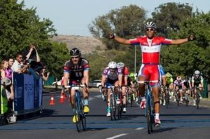 Local cycling superstar Nolan Hoffman wins the 2015 Stellenbosch Cycle Tour.