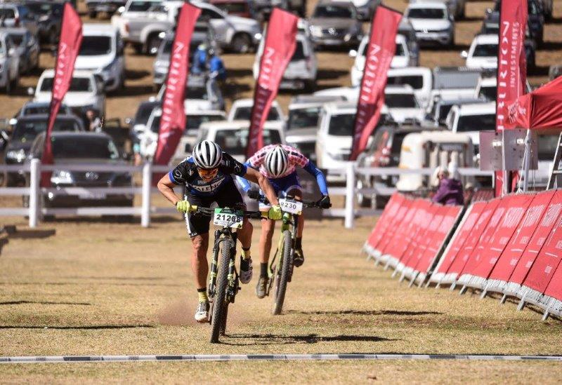 Samantha Sanders sprints to the finish to beat Candice Lill on day two of the National MTB Series in Dullstroom, Mpumalanga, today.