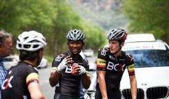 Clint Hendricks chats to teammates at Mpumalanga Tour