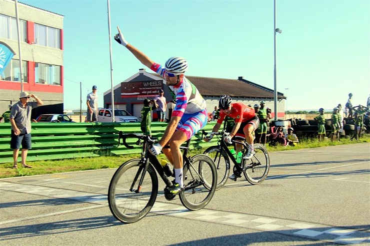 Max Sullivan winning the third and final criterium at the Festival of Cycling yesterday. Photo: facebook.com/eastcaperoadcycling