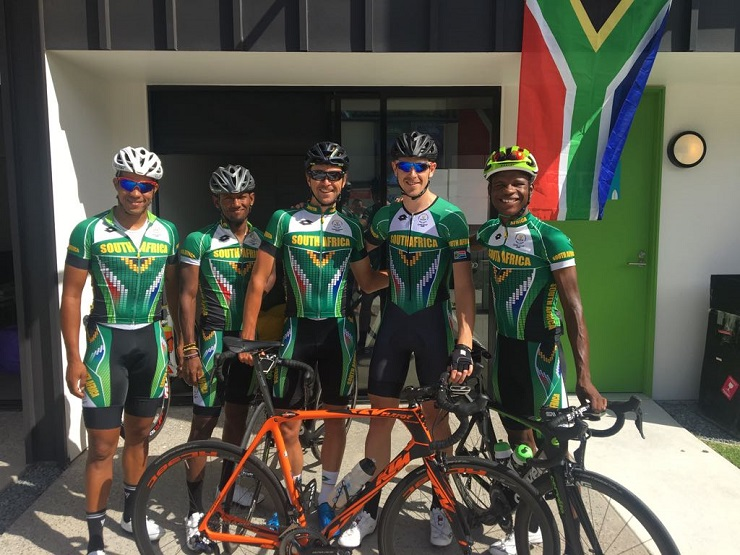 Nicholas Dlamini (right) standing alongside Team South African teammates from left: Nolan Hoffman, Clint Hendricks, Brendon Davids and Bradley Potgieter ahead of their Commonwealth Games road race tomorrow. Photo: Bosseau Boshoff