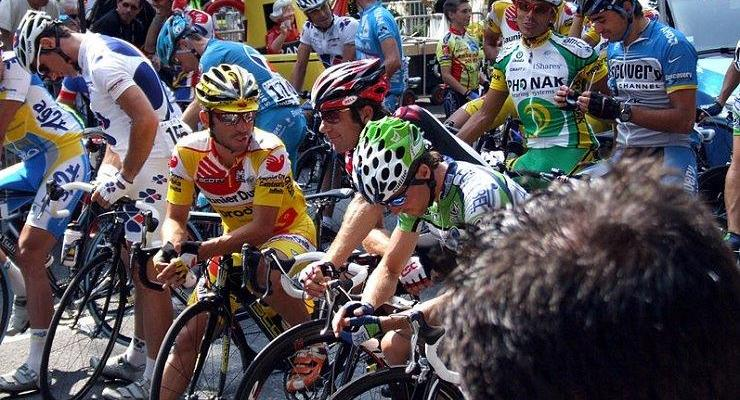 Stage 17 of the Tour de France, a 65km route, will this year start with riders lining up in a grid formation. Photo: Photo credits