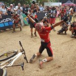 Sam Gaze wins the UCI MTB World Cup