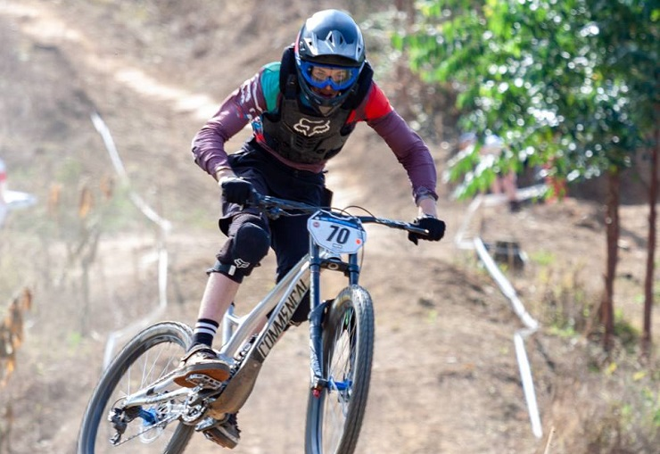 116ecd08f58 South Africa's Connor Finnis (pictured) finished 37th in the junior men's  UCI Downhill Mountain