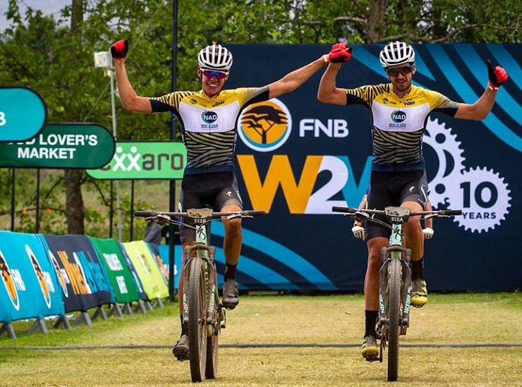 Wessel Botha (left) and Matt Beers crossing the line to clinch the race title of the Wines2Whales Shiraz. Photo: Nick Muzik