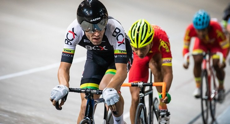 Despite having a target on his back, Steven van Heerden (front) defended his title in the points race at the SA National Track Championships yesterday. Photo: Owen Lloyd