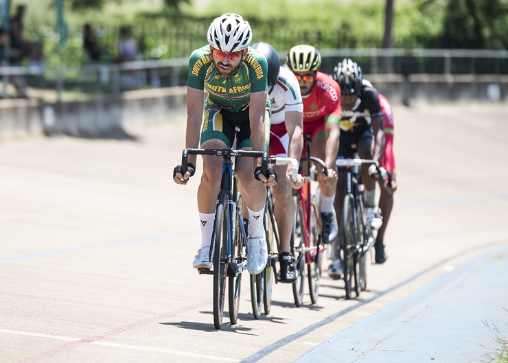 South Africa's Steven van Heerden leading the way at the African Track Continental Championships today. Photo: BOOGS Photography/Andrew Mc Fadden