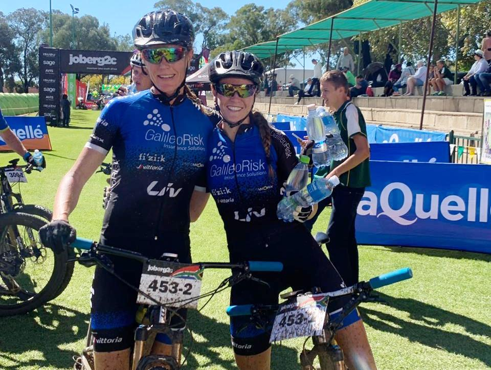 Sarah Hill (right) and Theresa Ralph (left) won the women's team race on stage four of joBerg2c