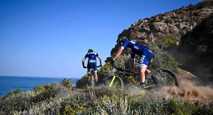 Arno du Toit and Gert Heyns won the UCI elite men's race on the opening day of the Cape Pioneer Trek