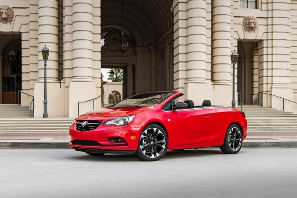 Sport Red 2017 Cascada Sport Touring with Dark Effects Package © General Motors