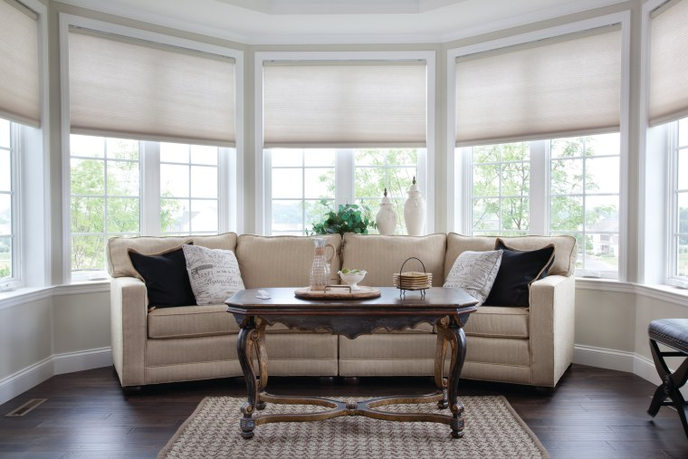 Smart Home | Automatic Honeycomb Shades