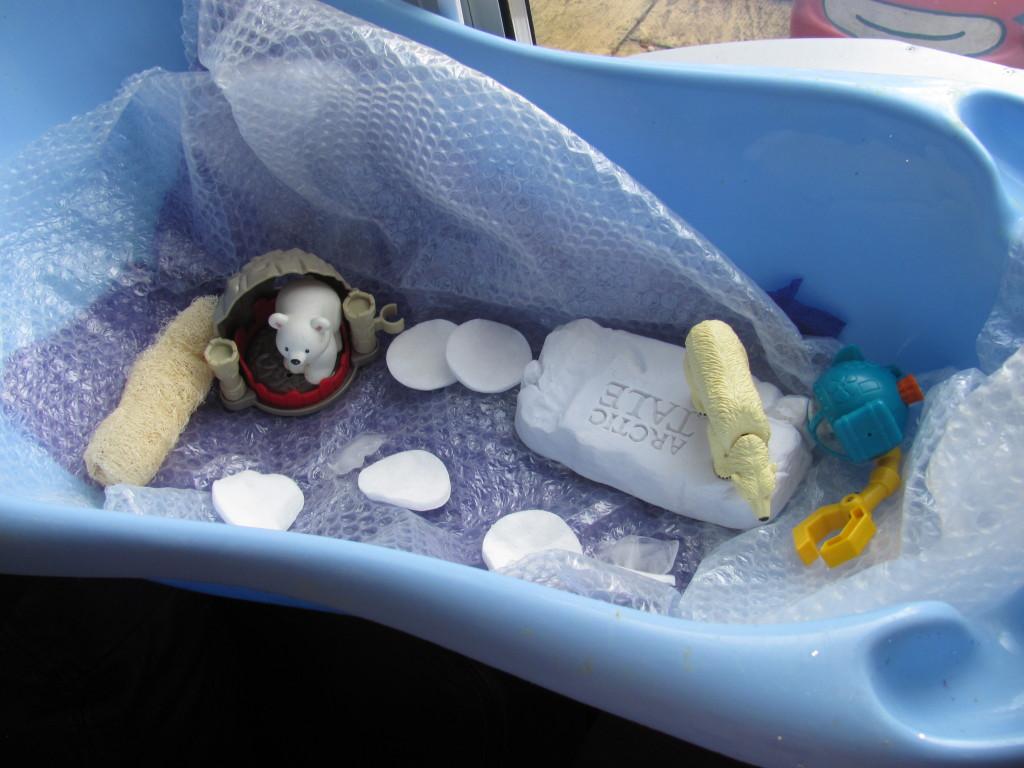 sensory play winter polar sensory bin